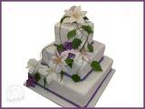 Hochzeitstorte mit Lilien